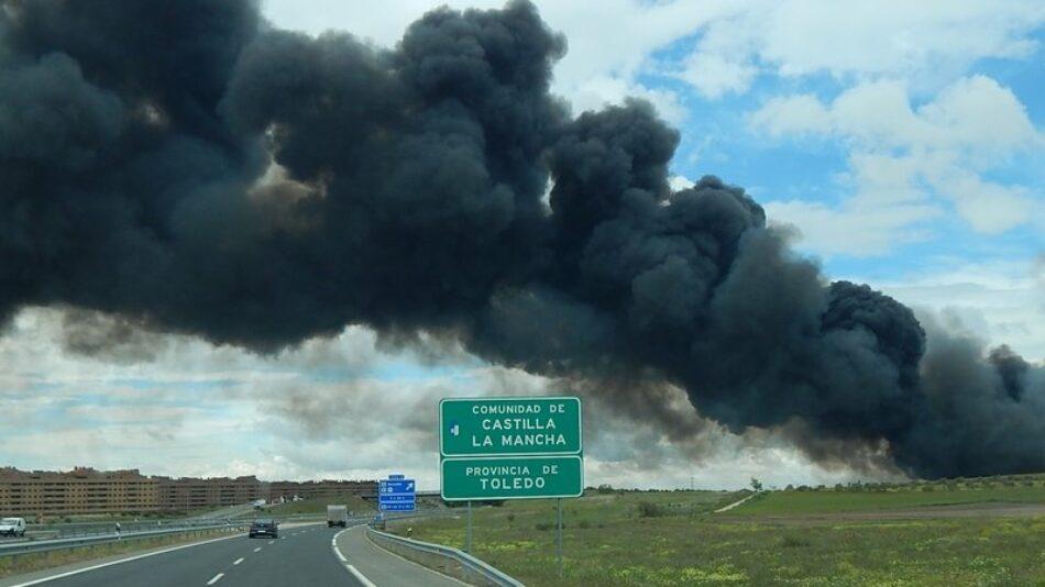 Incendio de neumáticos en Seseña: el fuego está controlado, la nube tóxica no