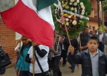 México: Lloran en Nochixtlán a sus luchadores asesinados / Nochixtlán: pueblo sin gobierno, pero con ley