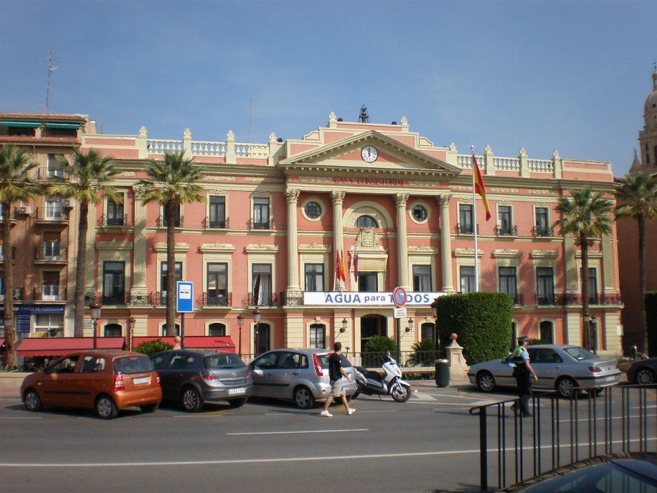 Cambiemos Murcia lamenta que la bandera arco iris no ondee en el Ayuntamiento
