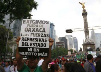 Miles de maestr@s de México marchan por diálogo verdadero con Gobierno