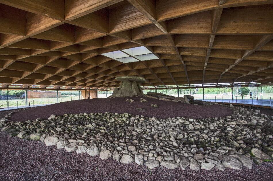 Tres deputados provinciais do BNG déronlle o control do principal monumento da prehistoria galega ao Partido Popular