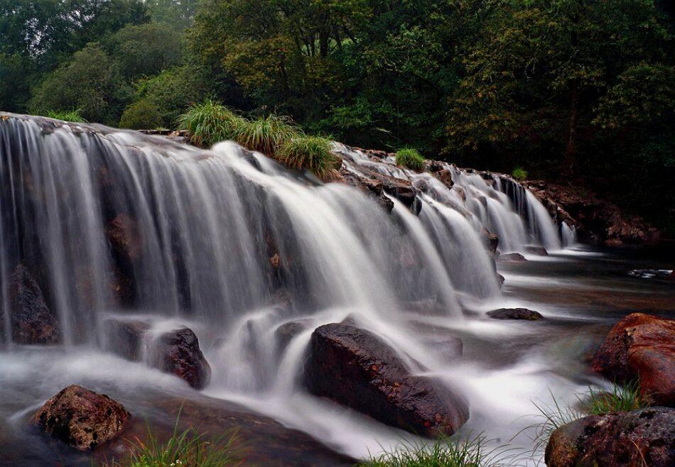 A Confederación Hidrográfica Miño-Sil abre expediente sancionador aos Concellos de Mondariz e Ponteareas polas obras do paseo fluvial do Tea