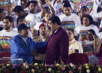 Maduro denuncia 'obsesión fatal' de EEUU con Venezuela desde inicio del mandato de Chávez