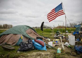 FMI: uno de cada siete estadounidenses vive en la pobreza