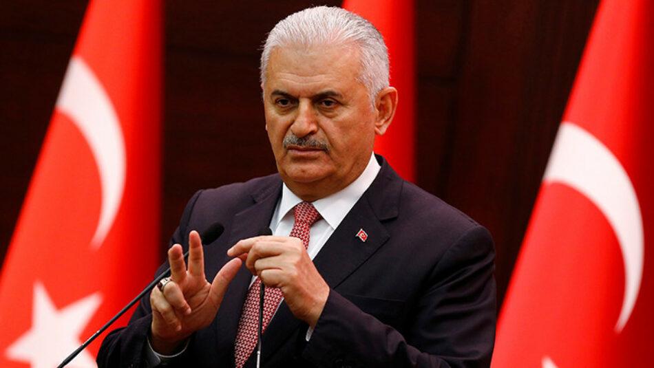 Primer ministro de Turquía: «Hay 161 muertos y 1.440 heridos tras el golpe fallido»