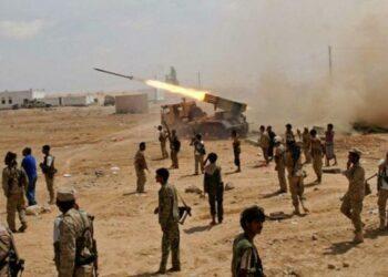 Fuerzas yemenitas atacan posiciones mercenarias de Arabia Saudita