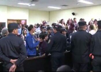 Los once acusados por la masacre de Curuguaty fueron condenados en Paraguay