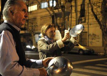 Argentinos convocan segundo cacerolazo ante tarifazo de Macri
