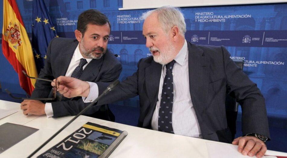 """Podemos, IU, EQUO e ICV tachan de """"pantomima"""" la comparecencia de mañana de Arias Cañete en la comisión de Asuntos Jurídicos de la Eurocámara"""