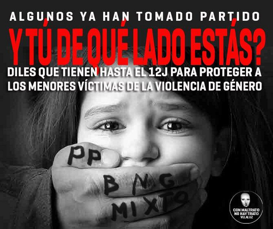 La asociación Ve-la luz acampa en el Parlamento de Galicia en protesta por la normativa autonómica de violencia de género