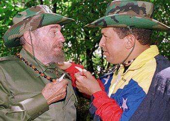 """Libro """"Dios, Chávez y Fidel"""" es presentado en La Habana"""
