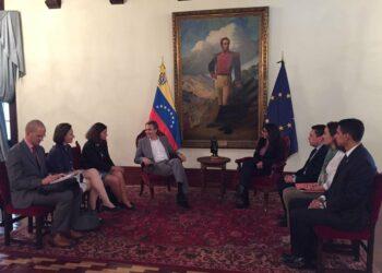 Venezuela desea reforzar canales de comunicación con Europa