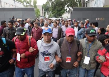 CNTE de México: Gobierno financia paramilitares para reprimir protestas