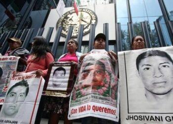 Acción Global por Ayotzinapa: Padres de los 43 normalistas marchan para exigir justicia