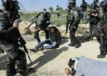 Tropas israelíes hieren a decenas de palestinos en Cisjordania