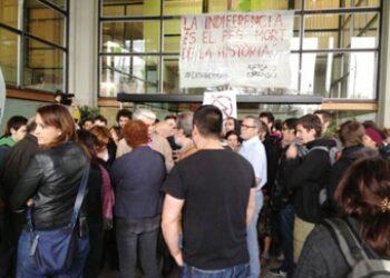EUiA Universitat dóna suport als 27 acusats per l'ocupació del rectorat de la UAB l'abril del 2013