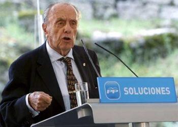 7 fundadores de Alianza Popular y 7 ministros franquistas
