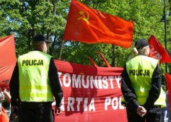 Condenan a 4 militantes del Partido Comunista de Polonia