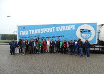 Eurodiputadas de IU se reúnen en Ámsterdam con ediles, sindicatos y trabajadores del transporte y del sector marítimo