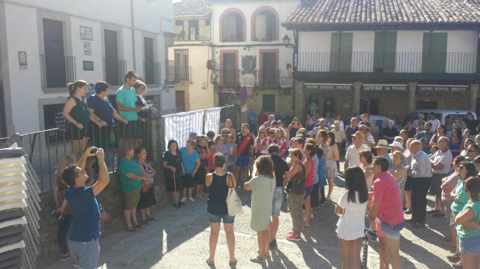 Vecinos de Cuacos de Yuste se movilizan para frenar el desahucio del bar 'La Esquinita'