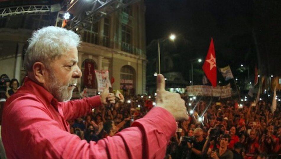 Lula: No podemos permitir que usurpen la democracia de Brasil
