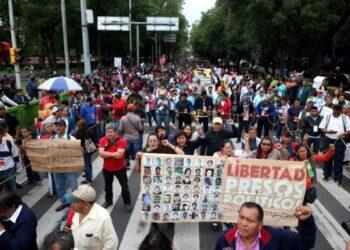 Marchas, bloqueos y mitines de los maestros de la CNTE para presionar al Gobierno