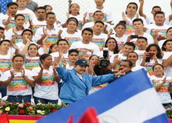 Ortega: El Frente Sandinista nació del pueblo y la Revolución está viva