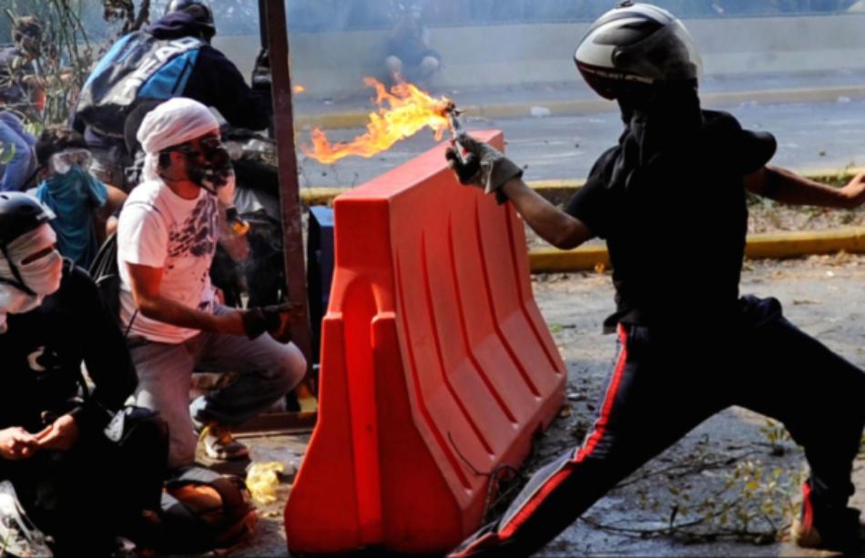 Ecuador: 'EEUU destinó $2000 millones para desestabilizar América Latina'