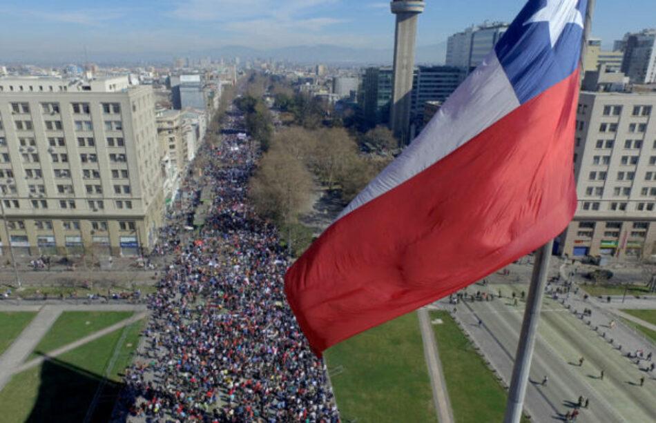 Gran marcha en Chile contra el dictatorial sistema de pensiones (FOTOS)