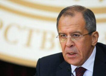 Lavrov llama a levantar el bloqueo contra Cuba