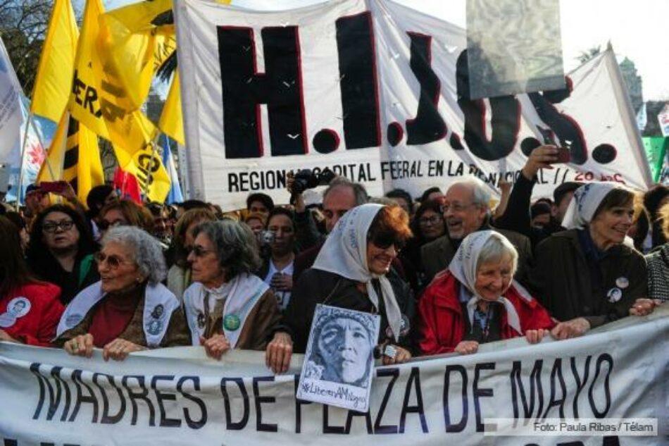 Las Madres de Plaza de Mayo realizaron su ronda 2000 y Bonafini llamó a retomar las «marchas de la resistencia»