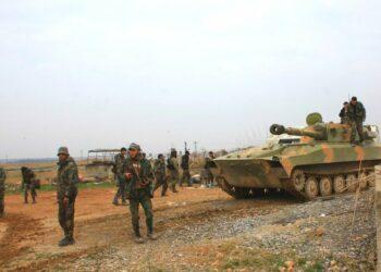 Ejército sirio y Hezbolá lanzan masivo ataque en el sur de Alepo