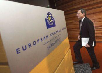 """IU denuncia la """"ingente ayuda con dinero público del BCE a las grandes empresas mientras rechaza defender a las familias, pymes y autónomos"""""""