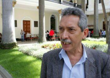 """Oswaldo Vera, ministro venezolano de Trabajo: """"Nuestro imperativo es:  fábrica abandonada, fábrica recuperada"""""""