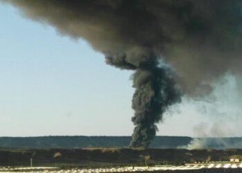 Ecologistas en Acción exige medidas urgentes para proteger a la población del incendio en la planta de reciclaje de Chiloeches