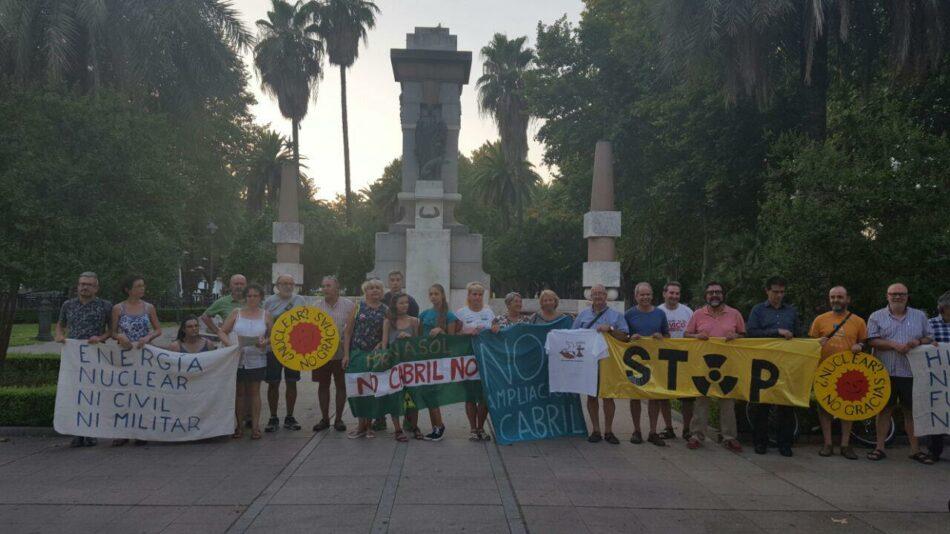 Los ecologistas recuerdan a las víctimas de los bombardeos atómicos de Hiroshima y Nagasaki