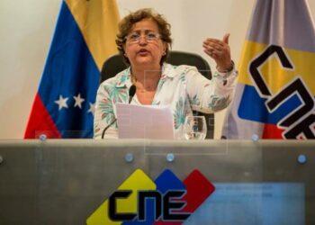 Denuncian en Venezuela irregularidades en proceso revocatorio