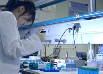 """Garzón registra una iniciativa en el Congreso para crear un sistema público de evaluación en abierto de la producción científica que acabe con el """"monopolio privado"""" actual"""
