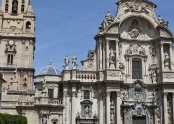 Cambiemos Murcia: «El PP se olvida de la precariedad laboral en el sector turístico»
