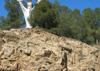 Cambiemos Murcia pide al Ayuntamiento la retirada del monumento franquista del Puerto de la Cadena