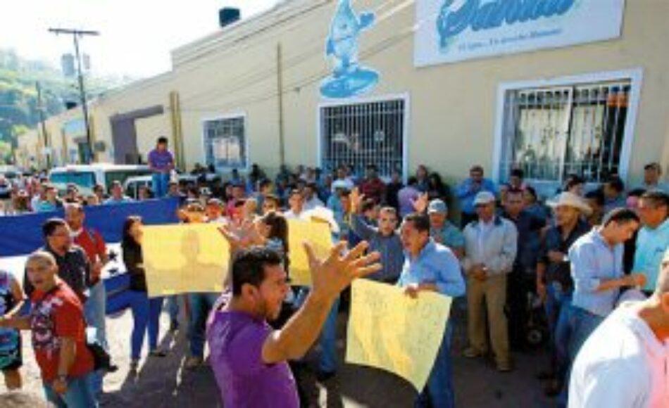 CUTH anuncia demandas contra el gobierno por despidos masivos