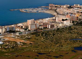 Greenpeace señala ocho ejemplos de proyectos urbanísticos que destruirán la costa natural del Mediterráneo y el Atlántico Sur
