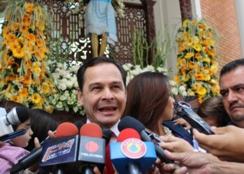 Colombia y Venezuela discutirán el lunes reapertura de frontera