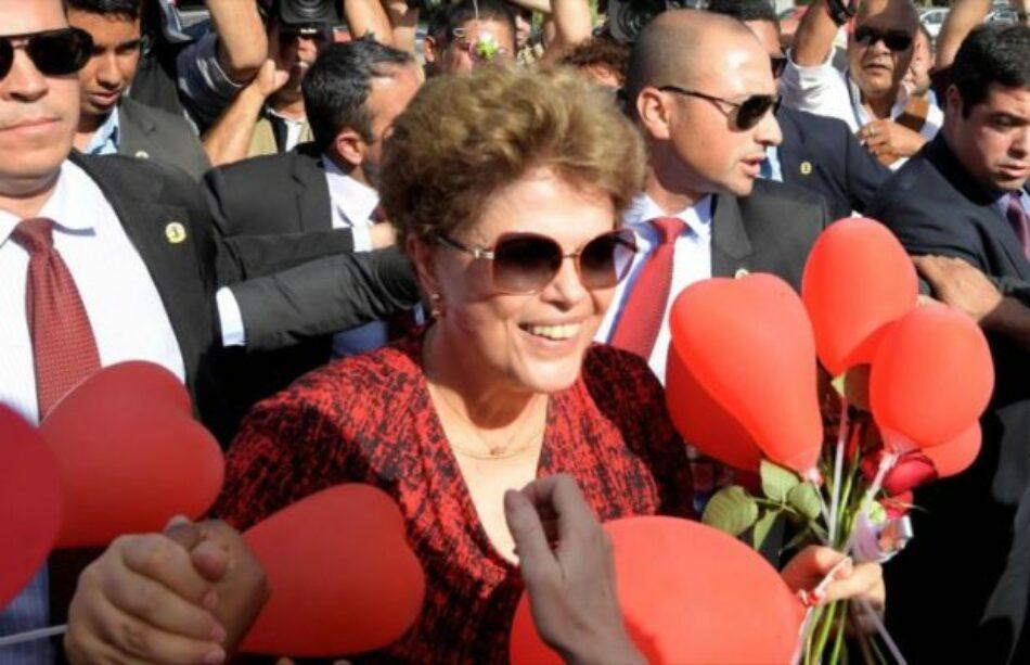 Brasil, Dilma Rousseff: Autores de mi destitución son 'la oligarquía brasileña'