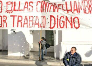 Argentina: 100 ollas populares en protesta contra la pobreza, en la ciudad de Buenos Aires