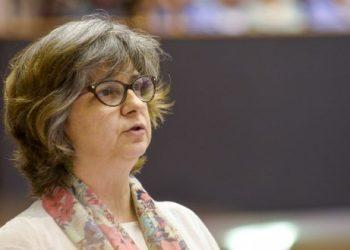 """López (IU) exige una renta mínima europea porque """"con 120 millones de pobres no podemos perder más tiempo"""""""
