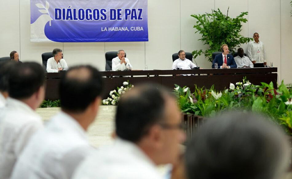 En el pleno municipal de Gijón se aprueba una declaración de apoyo a la paz en Colombia
