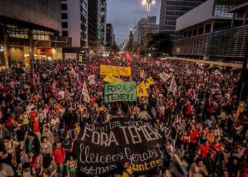 Brasil: Protesta contra Temer reúne más de cien mil personas en São Paulo