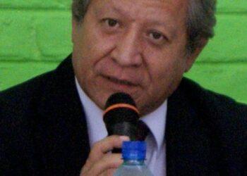 """FMLN considera que oposición política pretende que """"el Gobierno colapse"""""""