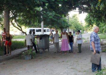 Crónicas desde Cuba / El aniversario de los CDR: Como hace 56 años, en cada barrio Revolución